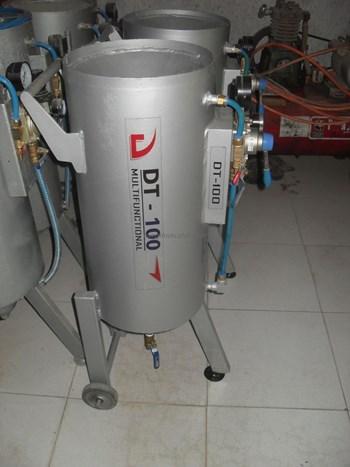 Máy phun cát khô DT-100