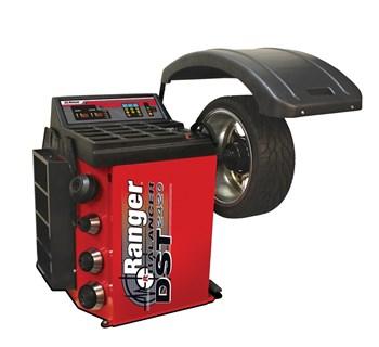 Máy cân bằng bánh xe Ranger DST-2420