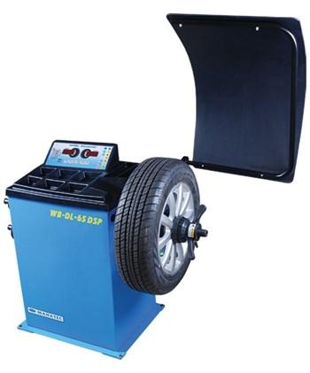 Máy cân bằng lốp Manatec WB-DL- 65