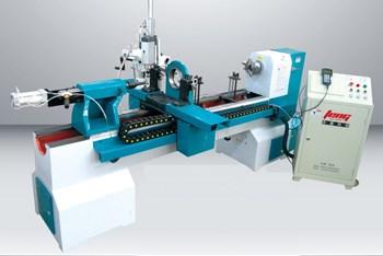 Máy tiện gỗ CNC CW-1520