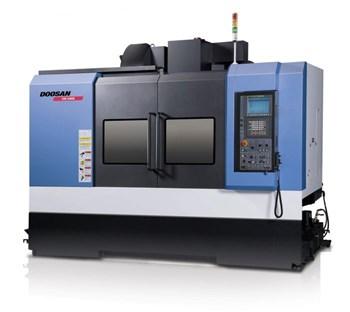 Máy gia công trung tâm phay Doosan VM 5400