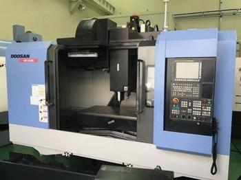 Máy gia công trung tâm phay Doosan VM 6500